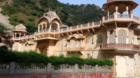 Book a Tour and Visit Galta Ji Temple