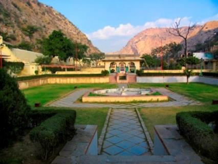 Book a Tour and Visit Jaipur